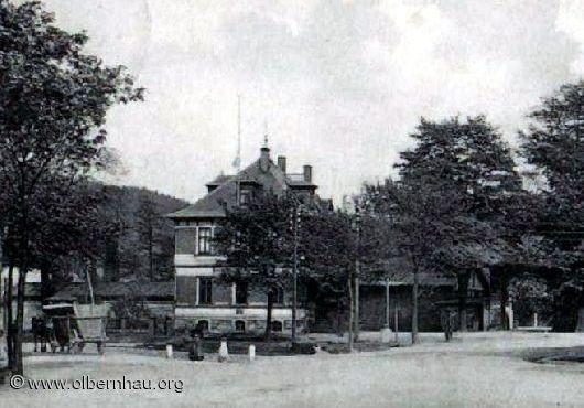 Postamt mit Eingang Westtor um 1915